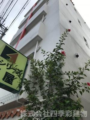 【外観パース】那覇市壺屋 売アパート