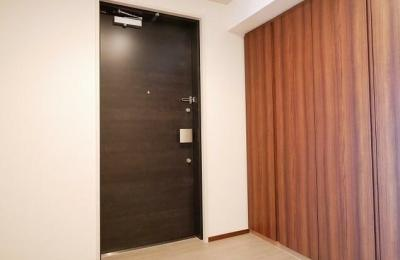【玄関】コンフォリア新宿イーストサイドタワー