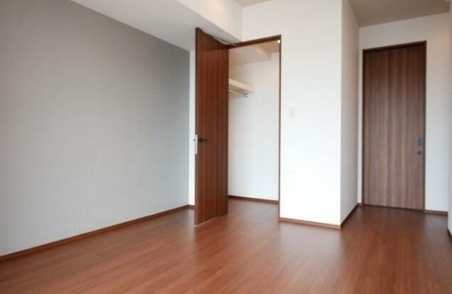 【寝室】コンフォリア新宿イーストサイドタワー
