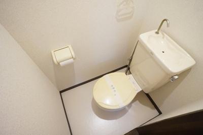 もちろんバス・トイレ別ですよ