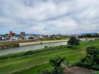 那珂川が見渡せ風情のある景色が眺められます