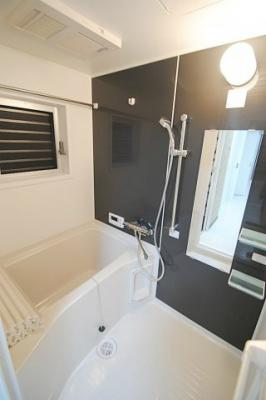 浴室、別角度からの撮影。