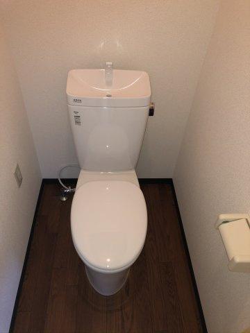 リフォームによりトイレ新設♪清潔感のあるトイレです