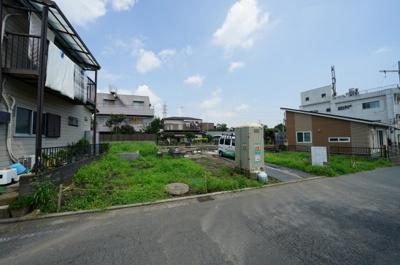 相鉄線「上星川」駅より徒歩約16分の立地です。