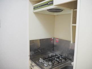 ラヴェニュのキッチンです