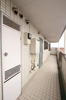 廊下です 三郷新築ナビで検索