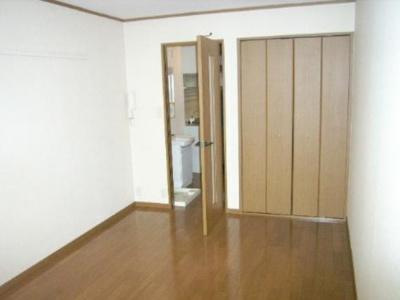 ラ・セゾンの洋室2(同間取り別部屋)