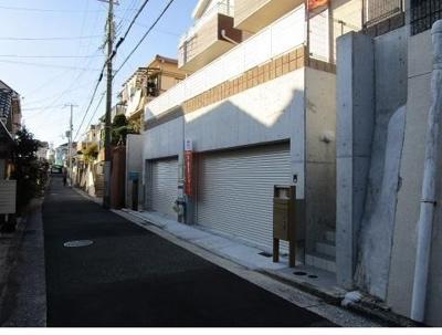 【前面道路含む現地写真】神戸市垂水区西舞子8丁目 B号棟 未入居物件