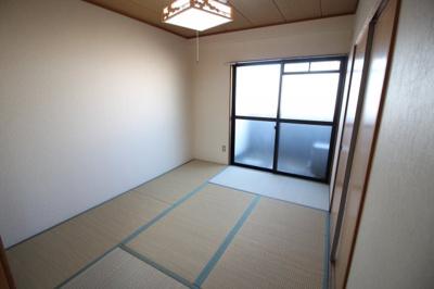 和室6.0帖の寝室です