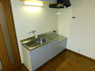 【キッチン】アールズコート2