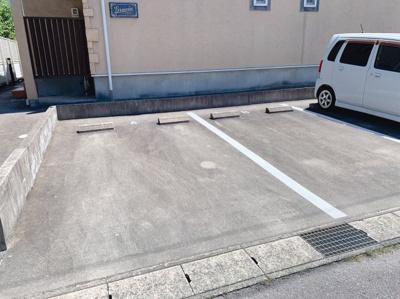 【駐車場】グラシア