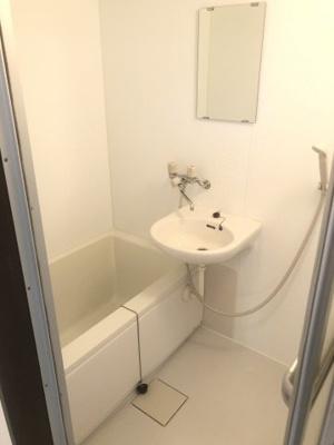 【浴室】メゾン・プルニエ