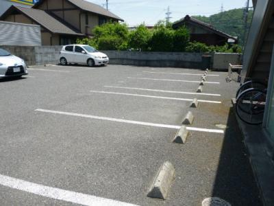 【駐車場】ハイツ藤