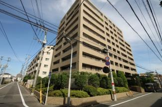 2000年築、藤崎駅から徒歩10分の静かな住宅地のマンション 3階角部屋です【高取小 徒歩4分】