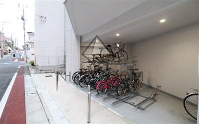コージーコート島津山 駐輪場