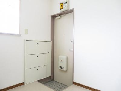 【玄関】アレストセキグチ2