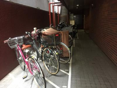 駐輪場があるので、スーパーやコンビニ等楽にに移動できます