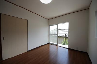 二階洋室の大容量収納