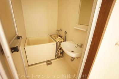 【浴室】ファミーユアカギ
