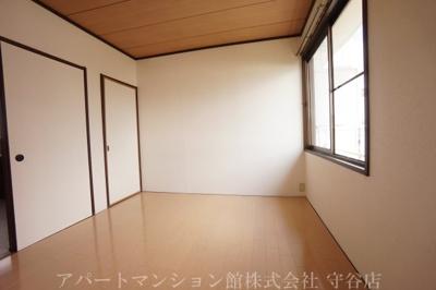 【洋室】ファミーユアカギ