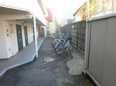敷地内に自転車置場有