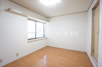 【居間・リビング】パブリック24