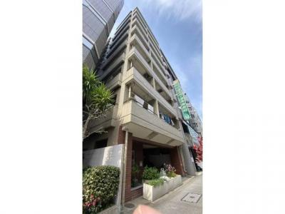 SRC造9階建て マンションは箱崎湊橋通り沿いです