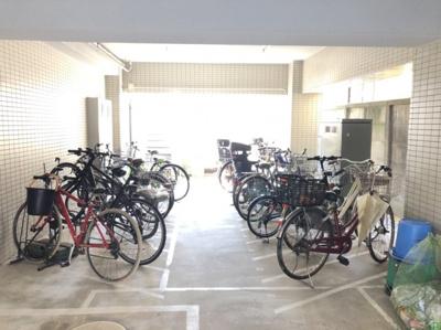 自転車置場有