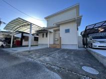 波島 築浅中古住宅の画像