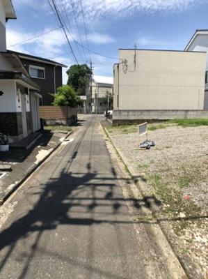 【前面道路含む現地写真】清水 売地