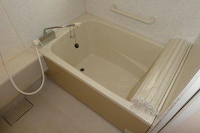 【浴室】レジデンス岩田C