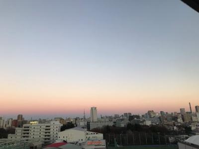お部屋から東京の煌びやかな夜景を愉しむことができます