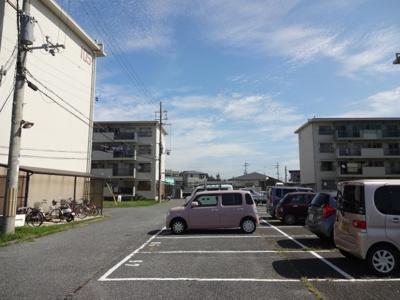 【駐車場】東加古川ファミリーマンション105号棟