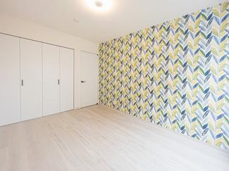【当社施工例】 主寝室は二人の時間を大切にできるようにゆったりとした空間を演出。
