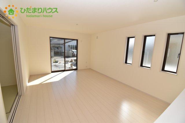 【居間・リビング】鴻巣市箕田 新築一戸建て リーブルガーデン 05