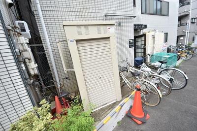 【エントランス】シャトレ小阪