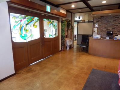 【玄関】パークイン柏原 1階テナント