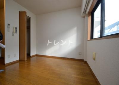 【寝室】ルート四谷三丁目