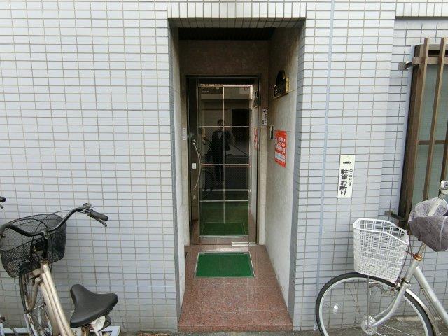【エントランス】ファミリーコーポ西今川