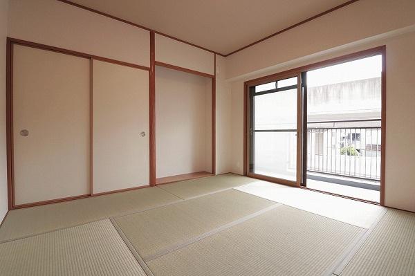 【現地写真】和室ではお子様のお昼寝や客間としてご利用頂けます♪ ゆっくりくつろげる和室もございます♪