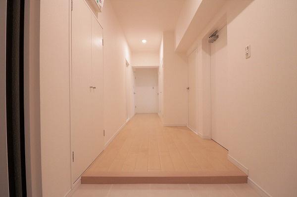 【現地写真】 玄関収納で玄関回りスッキリしますね♪