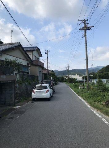 前面道路は約7.5mです。