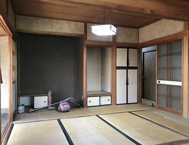仏壇を置くスペースがございます。