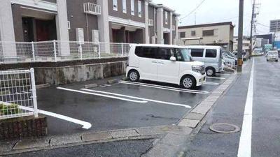 【駐車場】グラン シャリオ