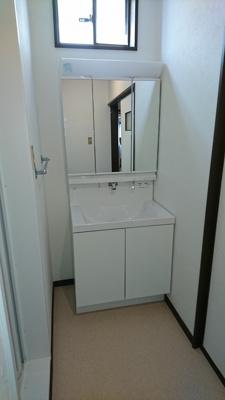 2階洗面化粧台(新品入替)