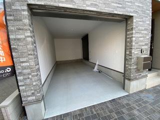 ガレージ付き♪ 新築戸建の事はマックバリュで住まい相談へお任せください。