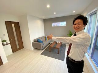 リビングです。 モデル家具仕様です♪現地で体感ください! 新築戸建の事はマックスバリュで住まい相談へお任せください。