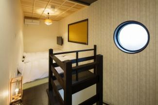 【寝室】中京区西ノ京池ノ内町 ゲストハウス