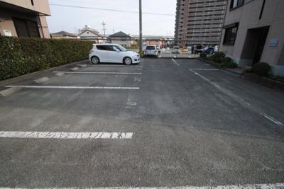 【駐車場】ハイカムール山本