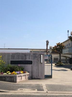 山直北小学校です。